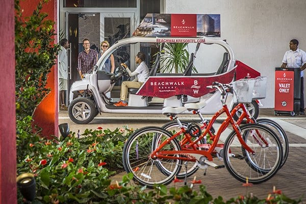 beach-resort-in-florida-beachwalk-transportation-system-bus-and-bicycles